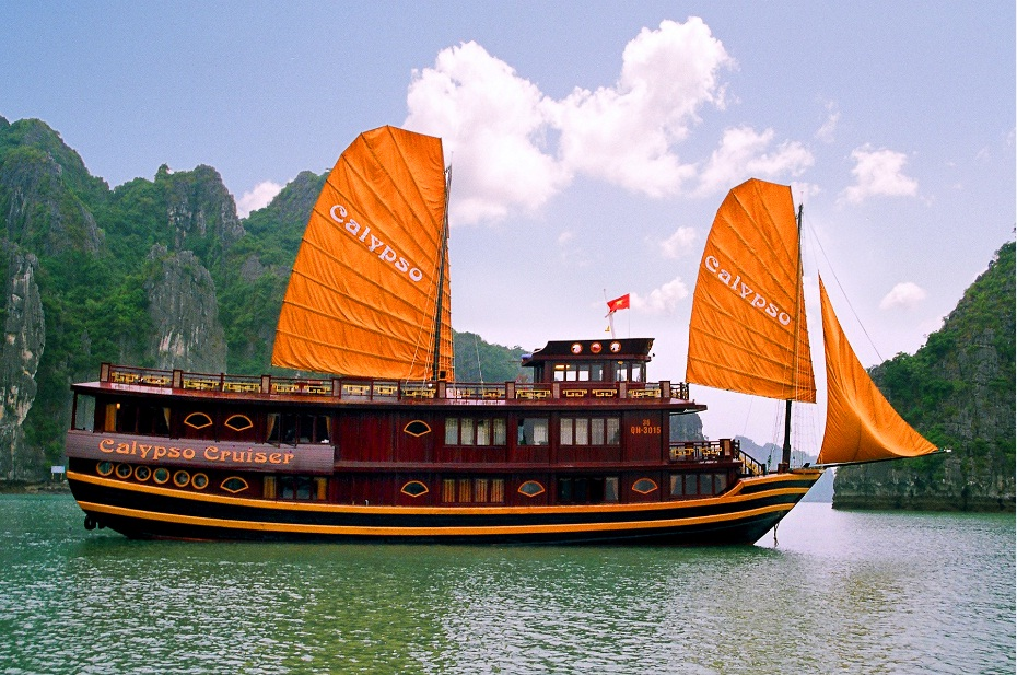 Escape to Legendary Halong Bay with ORIENTAL CRUISE