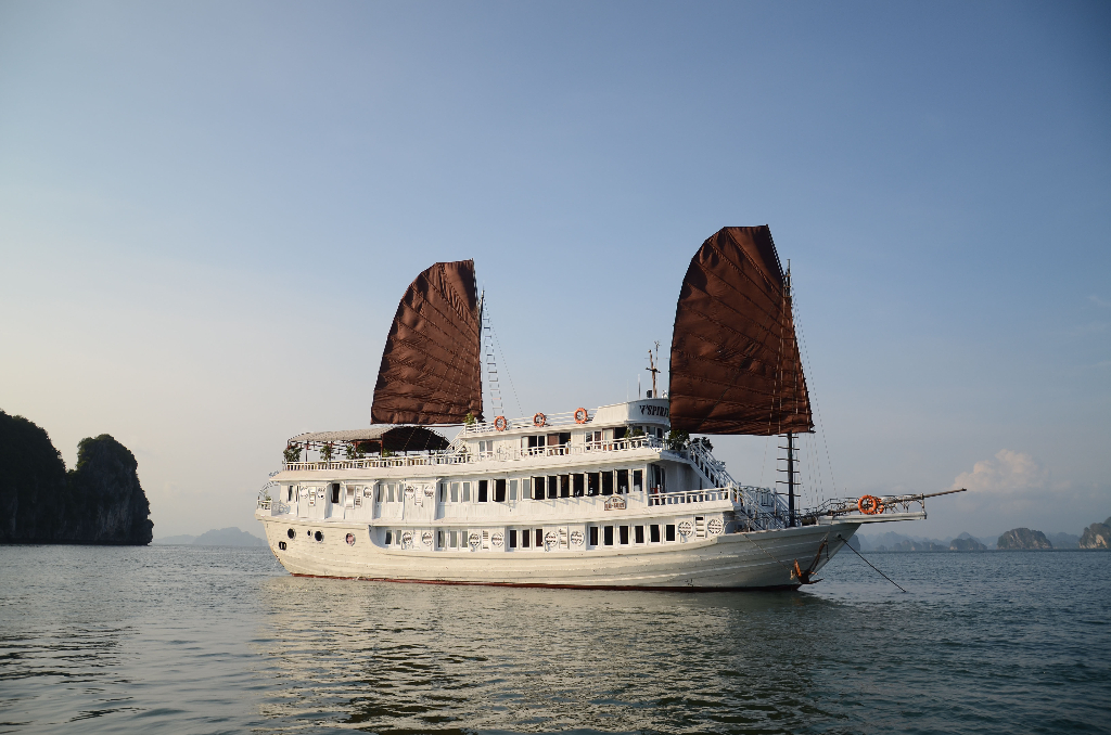 Halong 2 days 1 night with V Spirit Cruise