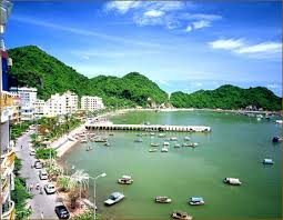 Halong Bay - Cat Ba Island on board and at hotel