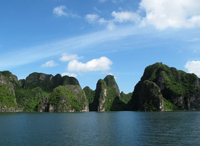 Halong Bay tour full day with transportation