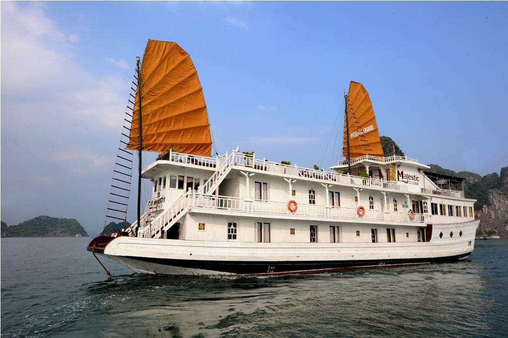 Majestic Cruise 2 day 1 night